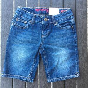 Girls size 7 Arizona jean shorts NWT
